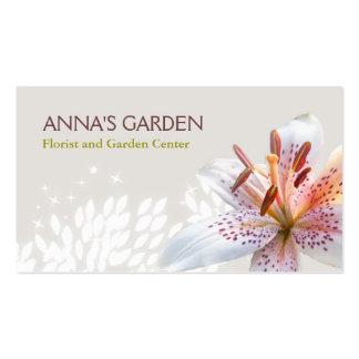 Florista del lirio tigrado y tienda blancos tarjetas de visita