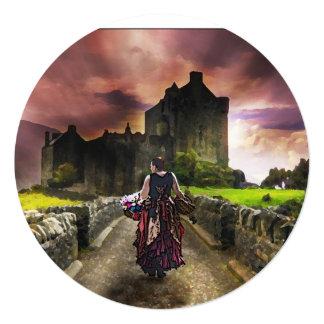Florista que camina hacia el castillo encantado invitación 13,3 cm x 13,3cm