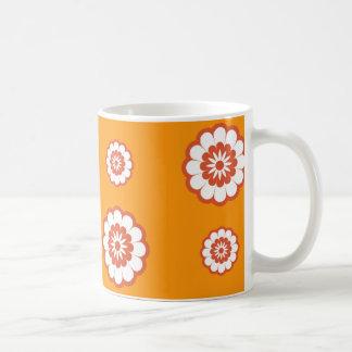 flower power del naranja de la MOD de los años 70 Taza De Café