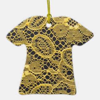 fondo amarillo del cordón ornamento de reyes magos