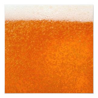 Fondo de la cerveza invitación 13,3 cm x 13,3cm