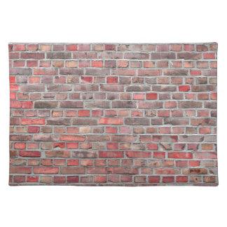 fondo de la pared de ladrillo - piedra roja del salvamanteles