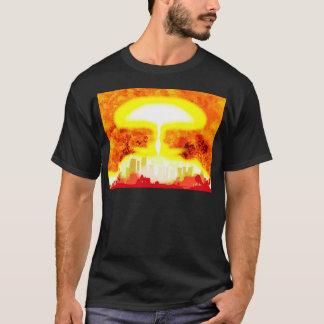 Fondo del calor de la bomba atómica camiseta