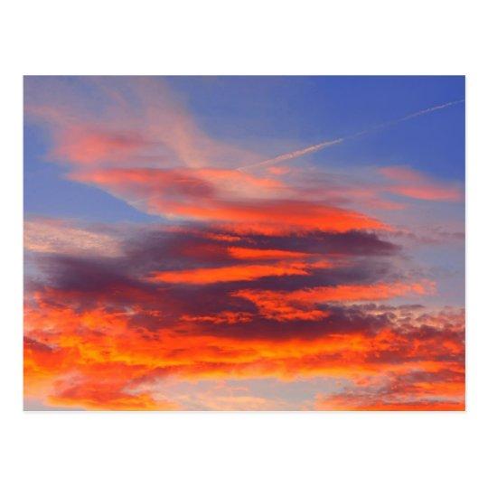 Fondo del cielo colorido postal