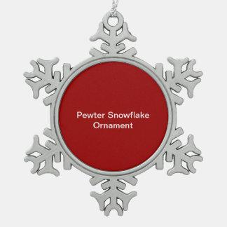Fondo del rojo del ornamento del copo de nieve del adorno de peltre en forma de copo de nieve