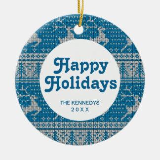 Fondo hecho punto azul adorno navideño redondo de cerámica