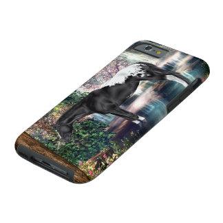 Fondo negro de la cascada del caballo del funda resistente iPhone 6