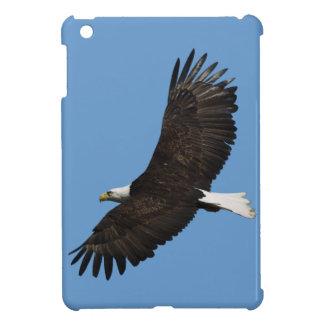 Foto altísima de Eagle calvo Wildife iPad Mini Carcasa
