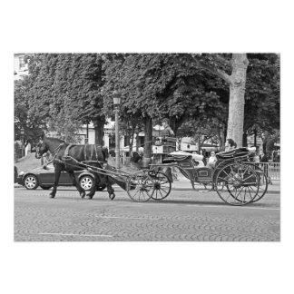 Foto Carro del caballo en el centro de París