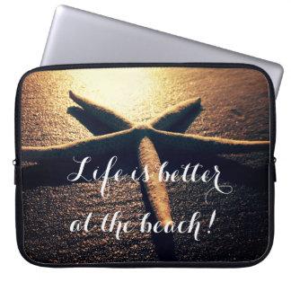 Foto de encargo de la playa de las estrellas de funda para portátil