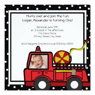 Foto de la diversión del coche de bomberos invitación 13,3 cm x 13,3cm