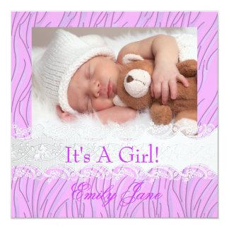 Foto de la invitación de la niña de la lila de la