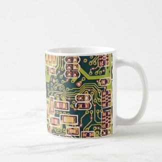 Foto de la macro de la placa de circuito tazas de café