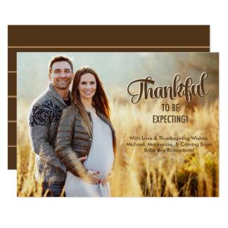 Foto de la tarjeta de la invitación del embarazo