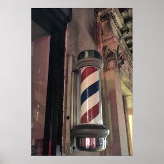 Foto de poste de la peluquería de caballeros póster
