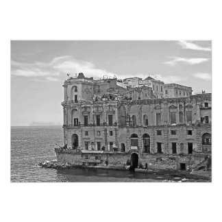 Foto Edificio y mar