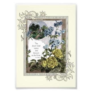 Foto Escritura de la biblia del vintage con los rosas
