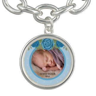 Foto floral azul del bebé del lunar azul pulseras