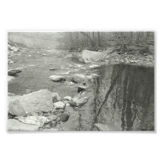 Foto Fotografía blanco y negro de la corriente
