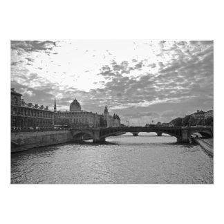 Foto Igualación. Sena. Puentes. París