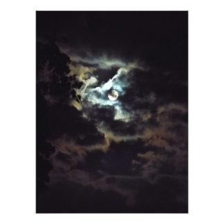 Foto luna estupenda del cielo nocturno
