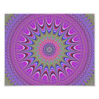 Foto Mandala púrpura colorida