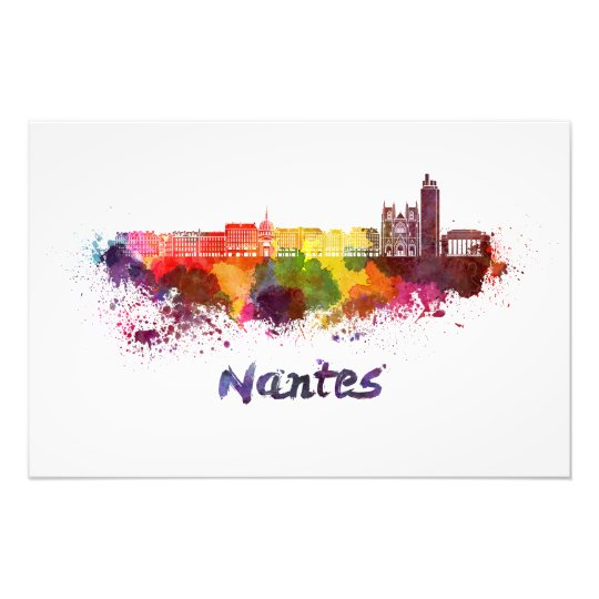 Foto Nantes skyline in watercolor