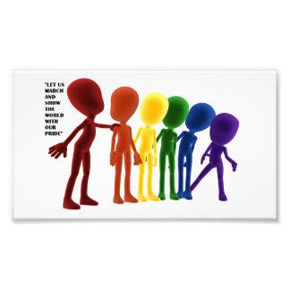 Foto Orgullo en blanco de los muchachos del arco iris