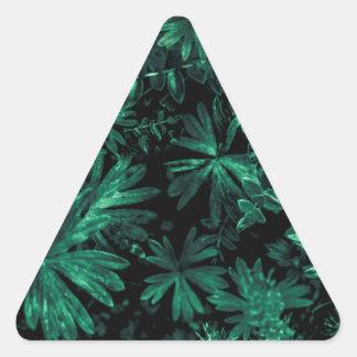 Foto oscura de la flora pegatina triangular