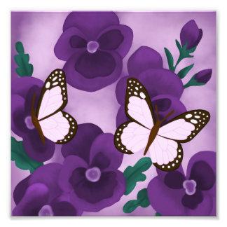 Foto Pensamientos y mariposas púrpuras