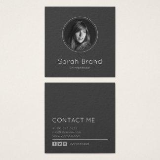 Foto personal oscura elegante tarjeta de visita cuadrada