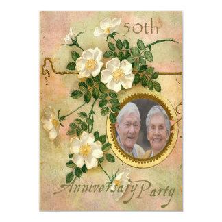Foto personalizada 50.o aniversario subió herencia invitación 12,7 x 17,8 cm