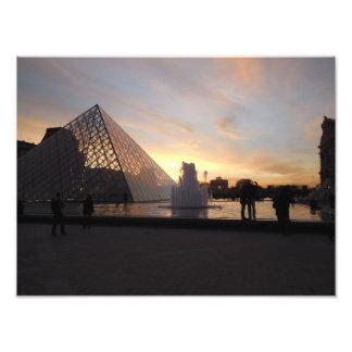 Foto Puesta del sol en el Louvre