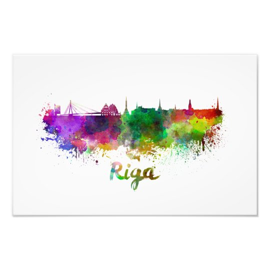Foto Riga skyline in watercolor