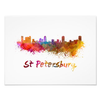 Foto St Petersburg FL skyline in watercolor