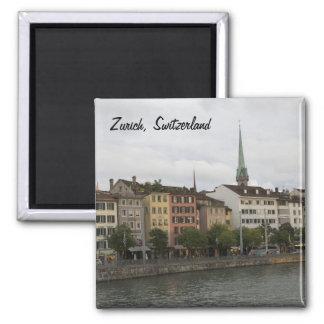 Foto urbana de la opinión de la ciudad de Zurich S Imán Cuadrado