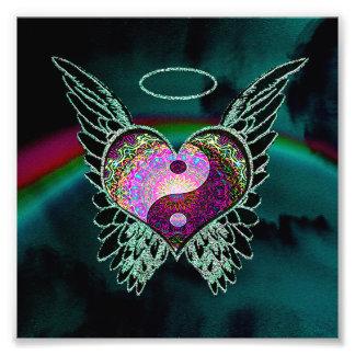 Foto Yin Yang, alas del ángel, corazón y espacio