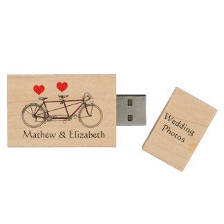 Fotos de encargo del boda de la bicicleta en memoria USB de madera