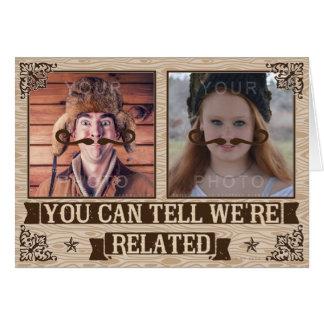 Fotos de familia de encargo de padres del bigote tarjeta de felicitación