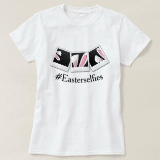 Fotos del instante del conejito de Pascua Selfies Camiseta