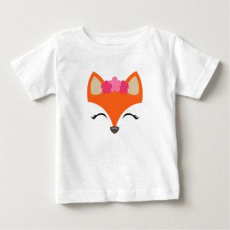 Fox con la camiseta de la corona de la flor para