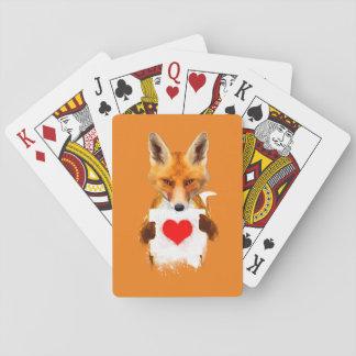 Fox que sostiene naipes de un corazón