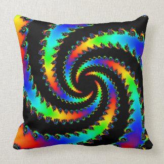 Fractal del vórtice del arco iris cojín decorativo