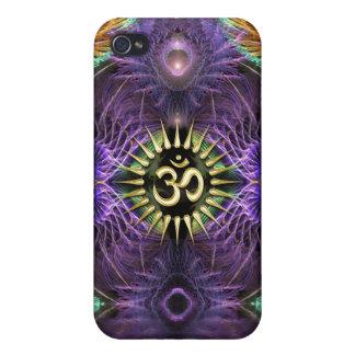 Fractales púrpuras NewAge OM de la fantasía iPhone 4 Carcasas