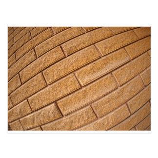 Fragmento de la pared marrón decorativa postal