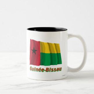 Français de Drapeau Guinée-Bissau avec le nom en Taza Dos Tonos