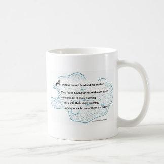 Fred la ameba - un poema de la ciencia de taza de café