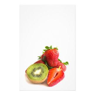 Fresa y kiwi folleto 14 x 21,6 cm