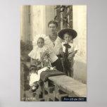 Frida Kahlo con los niños Posters