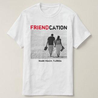 Friendcation añade la camiseta de la foto